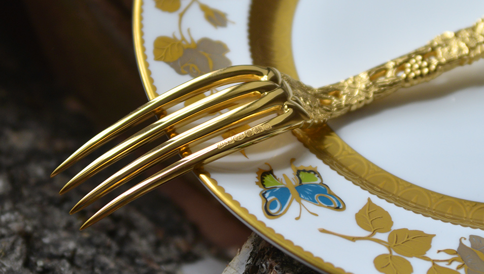 Royal Buckingham Chased and Perced Vine Luxury Cutlery